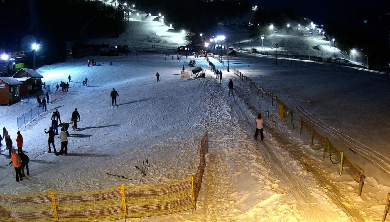 Magiczne zimowe widoki w naszym kompleksie narciarskim
